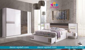 غرفة نوم مودرن باللون الابيض و دولاب و سرير و كومودينو