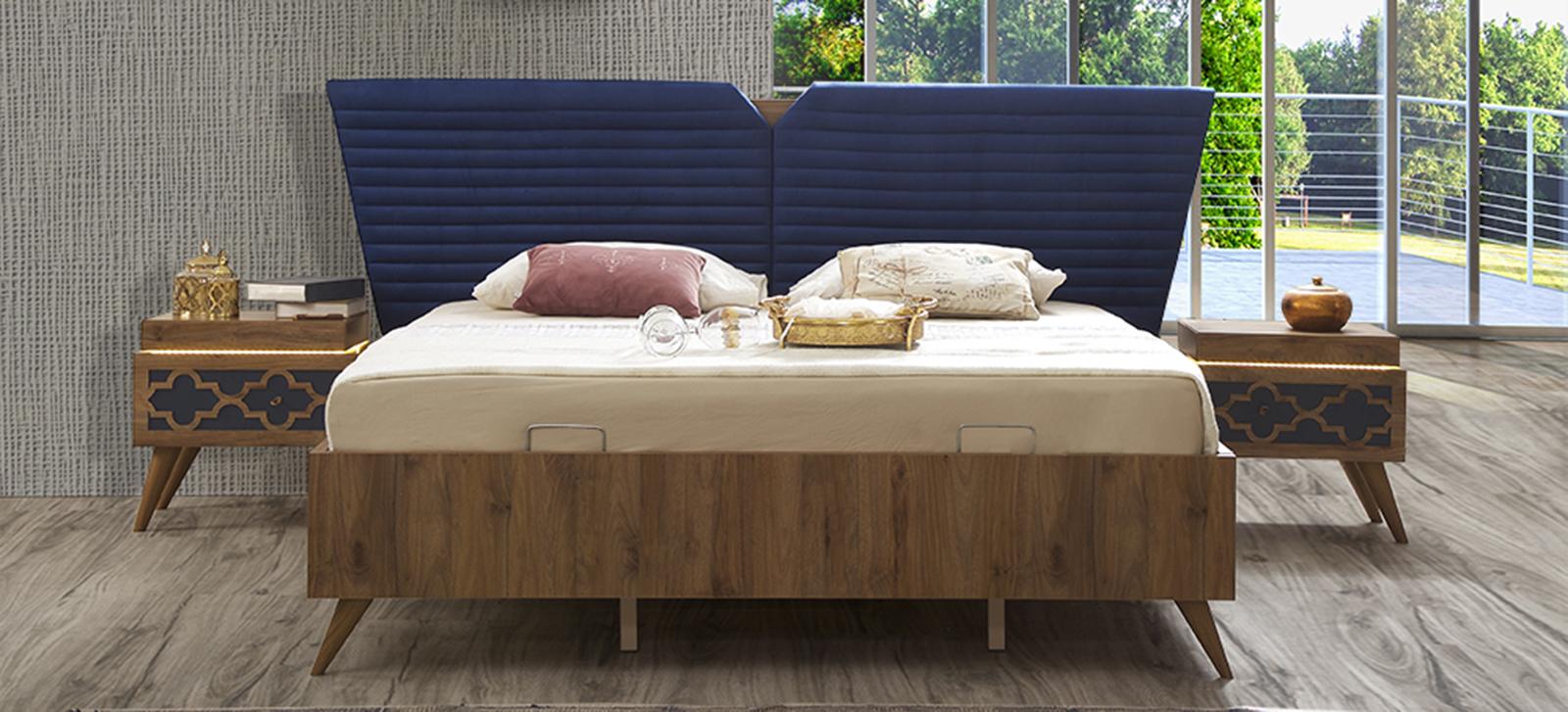 2 كومودينو و سرير باللون البني و الكحلي