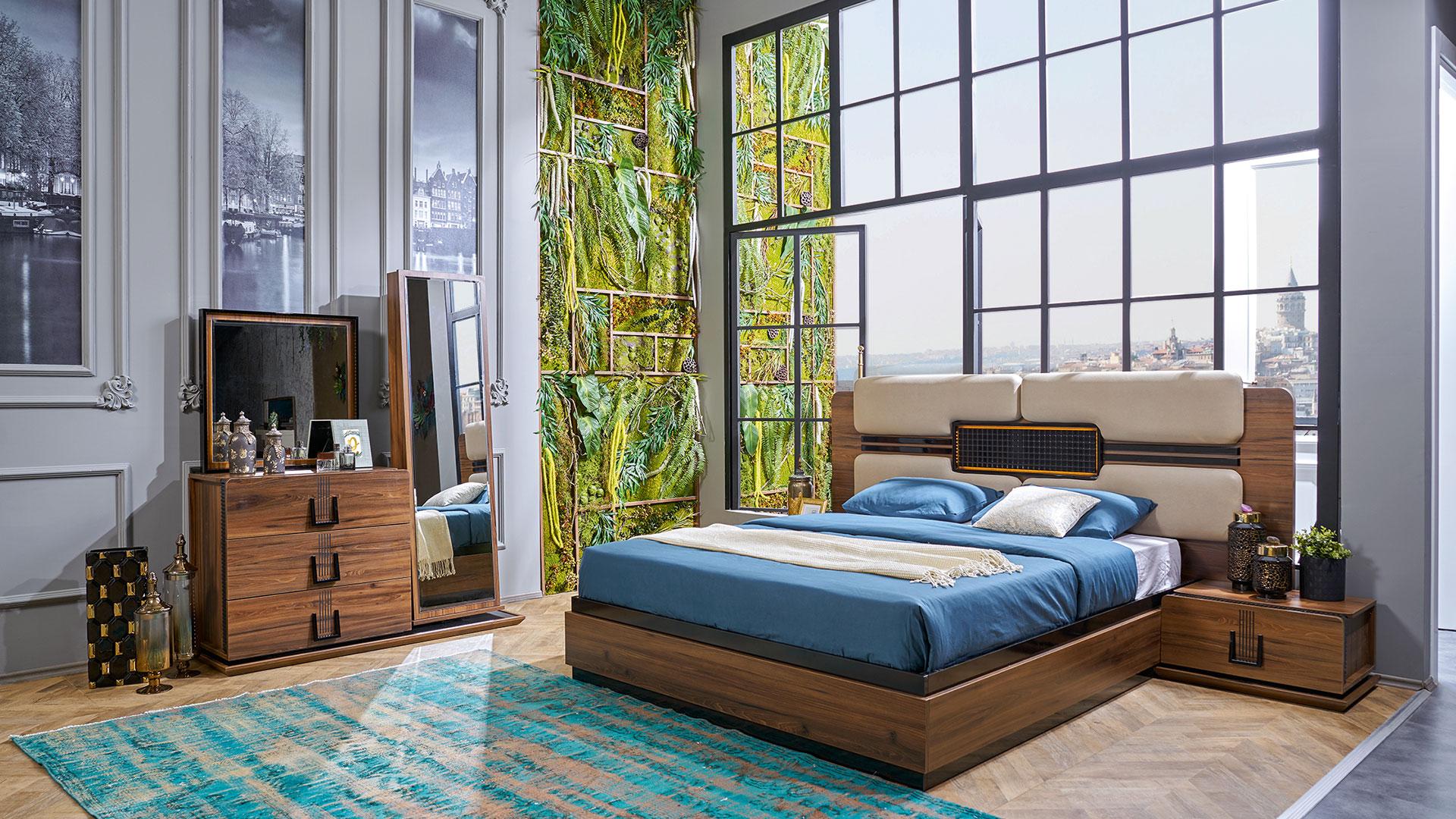 غرفة نوم مودرن باللون الازرق و البني و سرير و تسريحه