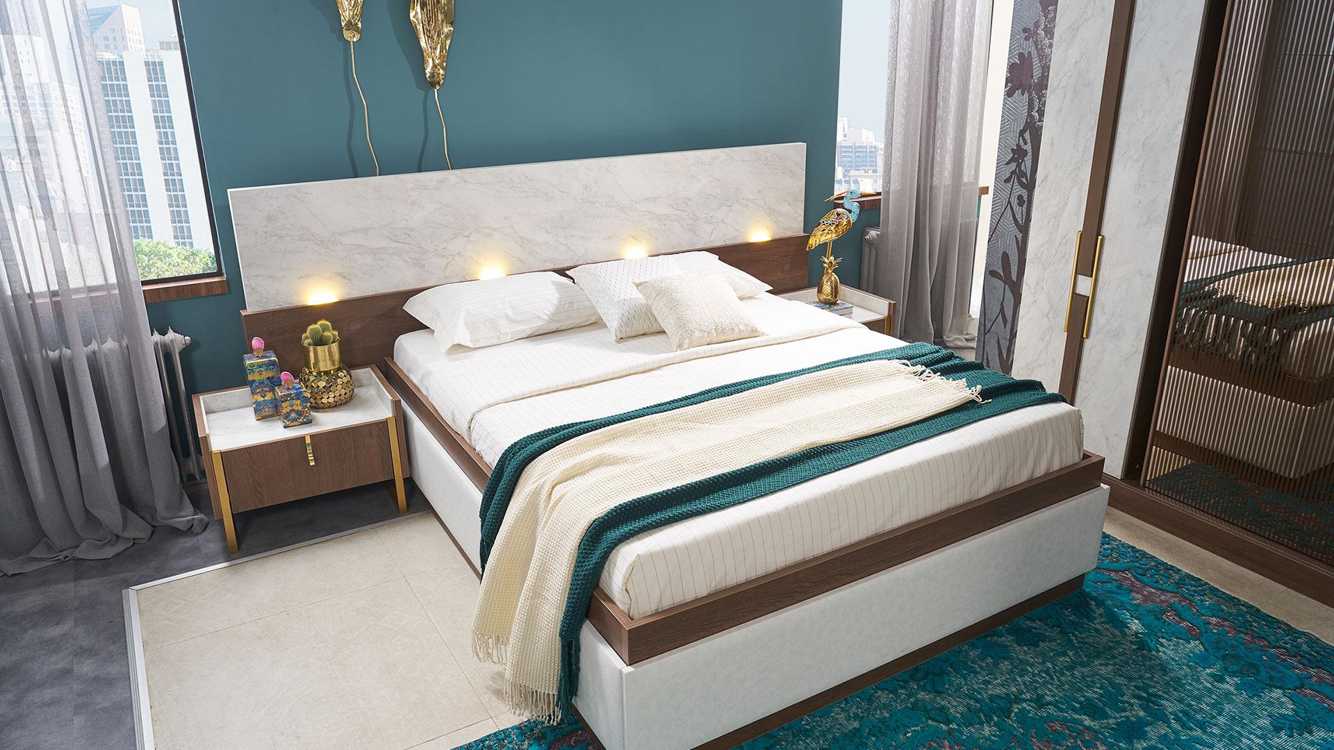 سرير مودرن و 2 كومودينو باللون الابيض